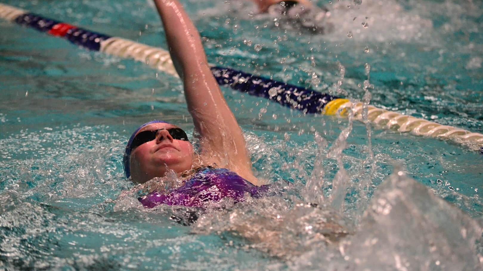 Kathelijne Tijms zwom 1:18.99 op de 100 meter rugslag, een prima tijd wanneer je niet meer zoveel traint.
